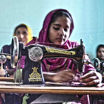 women enterpreneurship in bangaldesh Where are bangladesh's businesswomen while these findings are preliminary, they are useful in painting a picture of women's sme entrepreneurship in bangladesh.