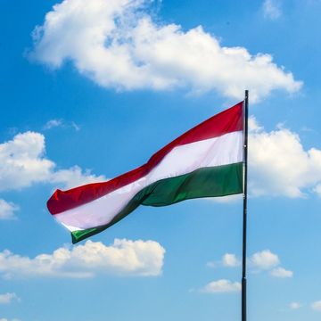Hungarian top lender considers further acquisitions in Eastern Europe, Russia