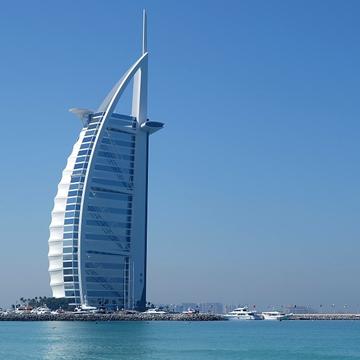 UAE, Greece seek to boost trade ties